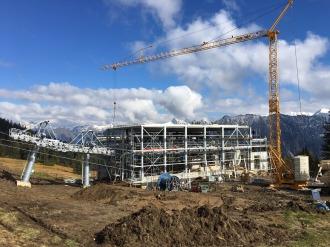 das Talstationsgebäude entsteht
