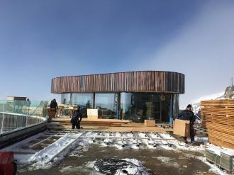 Die Terrasse wird beplankt
