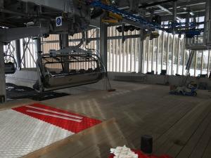 Blick in das neue Talstationsgebäude