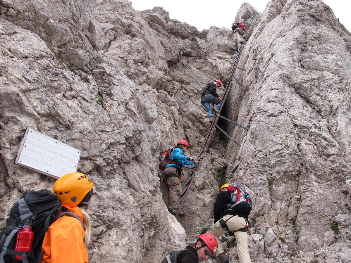Klettersteig Rucksack : Weg nr. 9 hindelanger klettersteig am nebelhorn