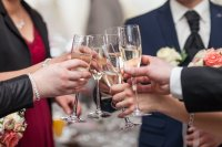 Hochzeit Anstoßen