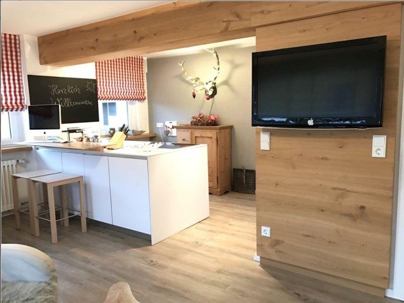 Platzhirsch - Die offene, moderne Küche
