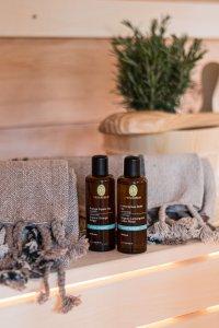 Aromatische Düfte und weiche Tücher in der Sauna im Waidmannsheil