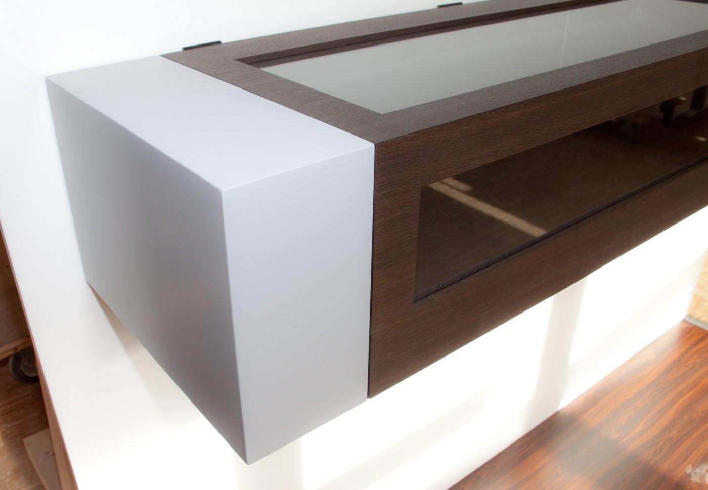meisterst ck aus echtholz. Black Bedroom Furniture Sets. Home Design Ideas