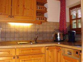 Heimelige Küche mit hochwertiger Ausstattung