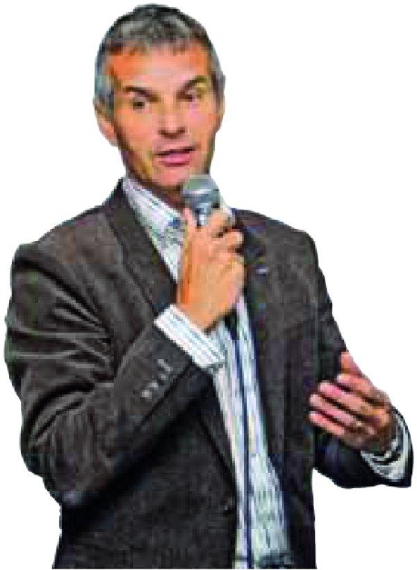 Jürg Capol bei seinem Vortrag in der Erdinger Arena