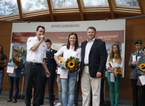 Katrin Zeller erhält für ihre erfolgreiche Karrieren eine extra Ehrung