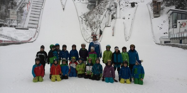 Grundschulwettbewerb im Skispringen