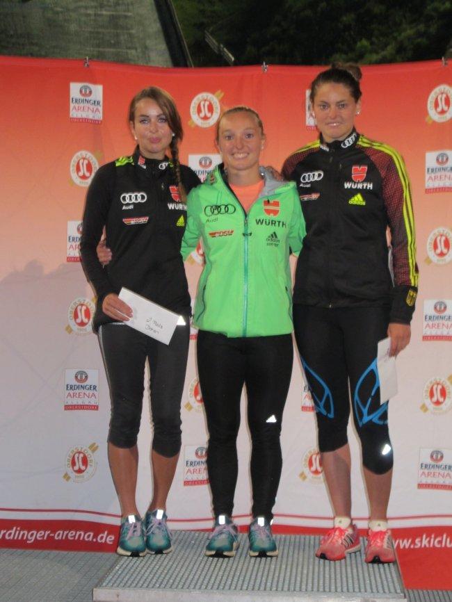 Juliane Seyfarth, Katharian Althaus, Carina Vogt