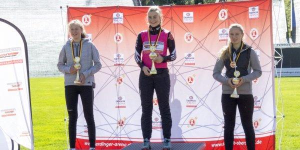 Damen Skisprung HS 106 1. Wettkampf