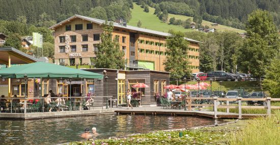 Mountain Beach neben dem Explorer Hotel Montafon