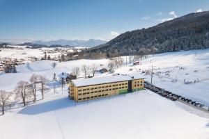 das Explorer Hotel Neuschwanstein im Winter