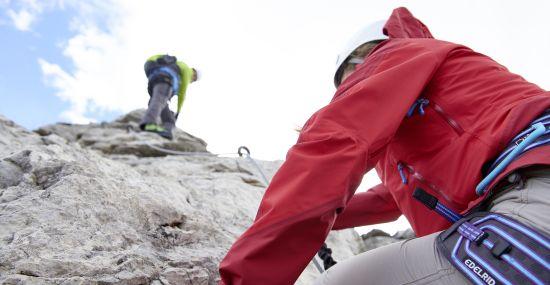 Kraft und Geschick am Klettersteig