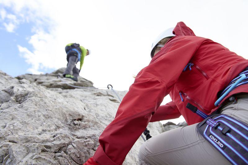 Klettersteigset Notwendig : Kanzelwand erlebnis klettersteig nahe des explorer hotel in oberstdorf