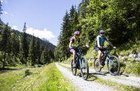 Das Explorer Bike-Trikot ist perfekt für lange Strecken