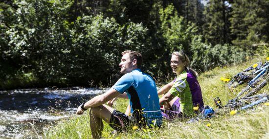 Eine kleine Pause bei Deiner Explorer Biketour durch das Silbertal in Vorarlberg