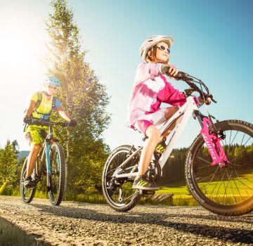 Mountainbiken mit der Familie in Tirol