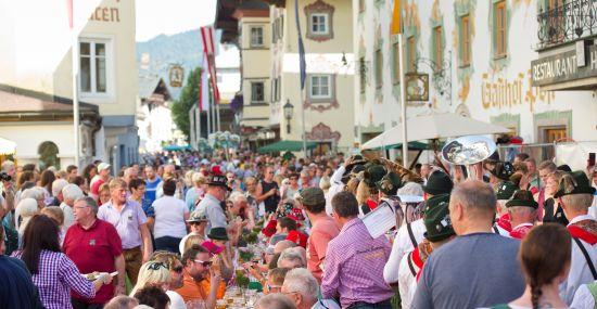 Erlebe mit dem Knödelfest ein Highlight in St. Johann in Tirol