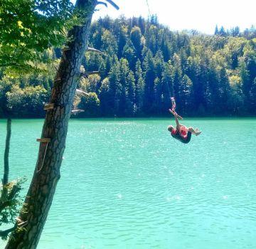 Badespaß im Alatsee in Füssen