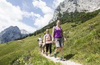 Wandern in den Bergen - perfekter Ausgleich zum Alltag!