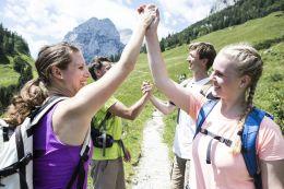 Wandern in den Alpen als Teamevent