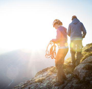 Den Hochjoch Klettersteig bei Sonnenaufgang  erklimmen