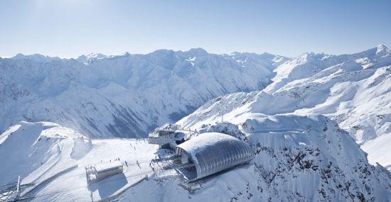 Winterpanorama über dem Gaislachkogl bei Sölden