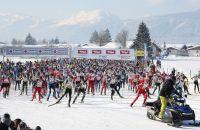 Massenstart beim Koasalauf in St. Johann in Tirol