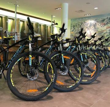 Mondraker Bikes im Explorer Hotel Oberstdorf