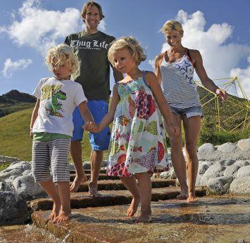 Spaß für die ganze Familie am Wasserspielpark Spieljoch