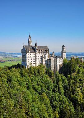Schloss Neuschwanstein mit Forggensee