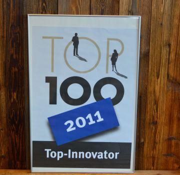 Top 100 Award 2011 001