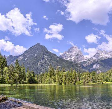 Am Schiederweiher, dem schönsten Platz Österreichs, traumhaftes Panorama genießen