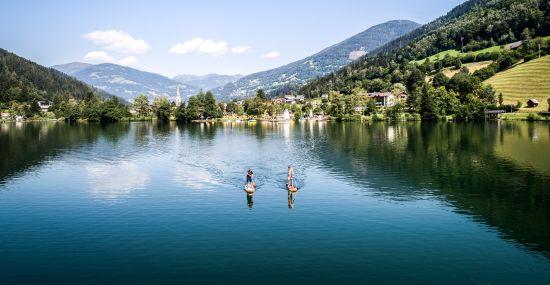Die Seen sind ideal zum SUPen geeignet