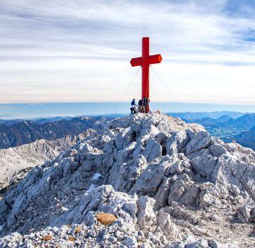Das rote Prielkreuz - Wahrzeichen vom Großen Priel