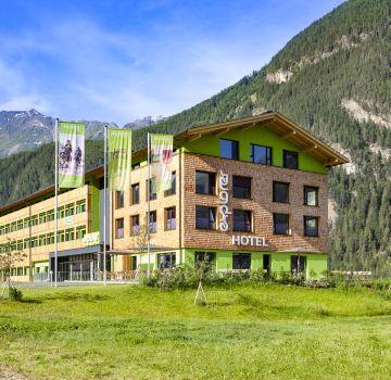 Das Explorer Hotel Ötztal im Sommer