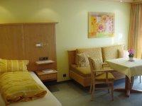 1-Raum Appartements mit Ost oder West Balkon