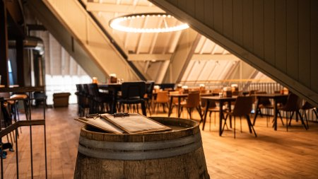 Barrique - Bar in der Fasshalle