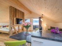 Fliegenpilz - Rapunzel - Schlafzimmer und Wohnbereich