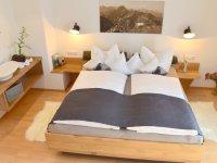 Schlafzimmer groß (18,5 qm)
