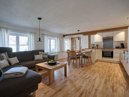 Wohnküche HofBlick 2