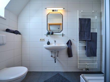 Badezimmer der Wohnung AdeleggBlick