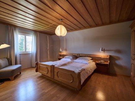 Elternschlafzimmer Ferienwohnung AdeleggBlick