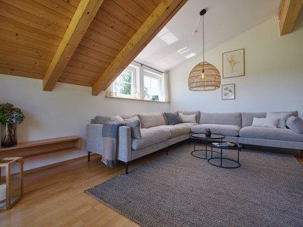 Großzügige Couchlandschaft