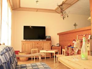Wohnzimmer - Ferienhaus Hennastall