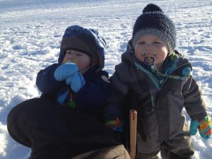 Kinder im Winter