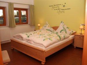 Schlafzimmer-hennastall