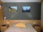 gemütliches Doppelbett (kein Klappbett), Bettenlänge 2m