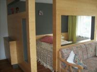 Schlafbereich mit Doppelbett (Bettenlänge 2m)