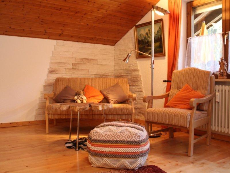 Wohnzimmer Couch 2